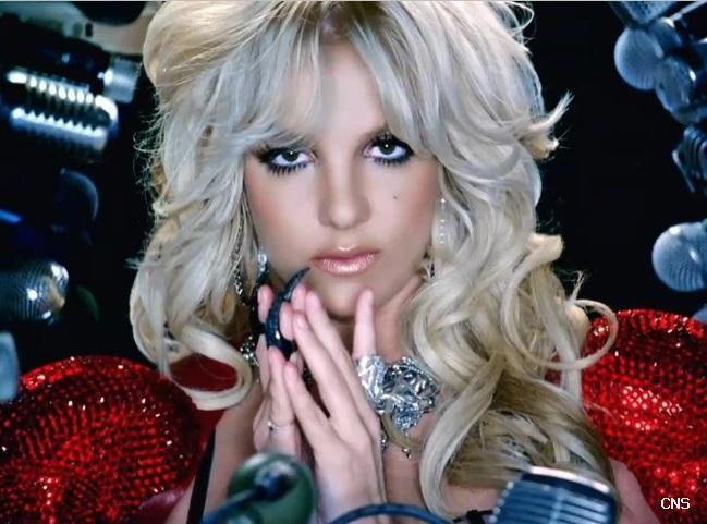 Гифка черный или белый клип музыкальный видеоклип гиф картинка.